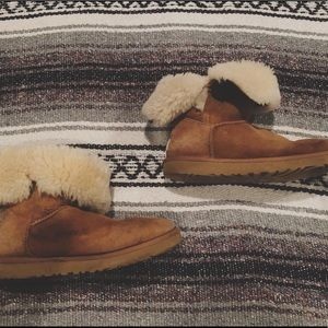 Authentic Brown furry uggs